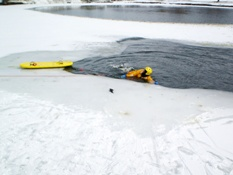 Ice Rescue Training 019